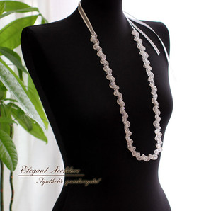 ★ 大注目!★ きらめく水晶!女のコらしい可愛い雰囲気!珍しいデザインのロングネックレス!sy-1310
